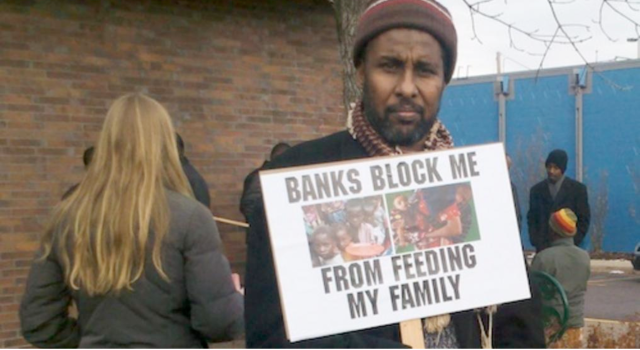 Somali American protests withdrawal of bank facilities from MTOs